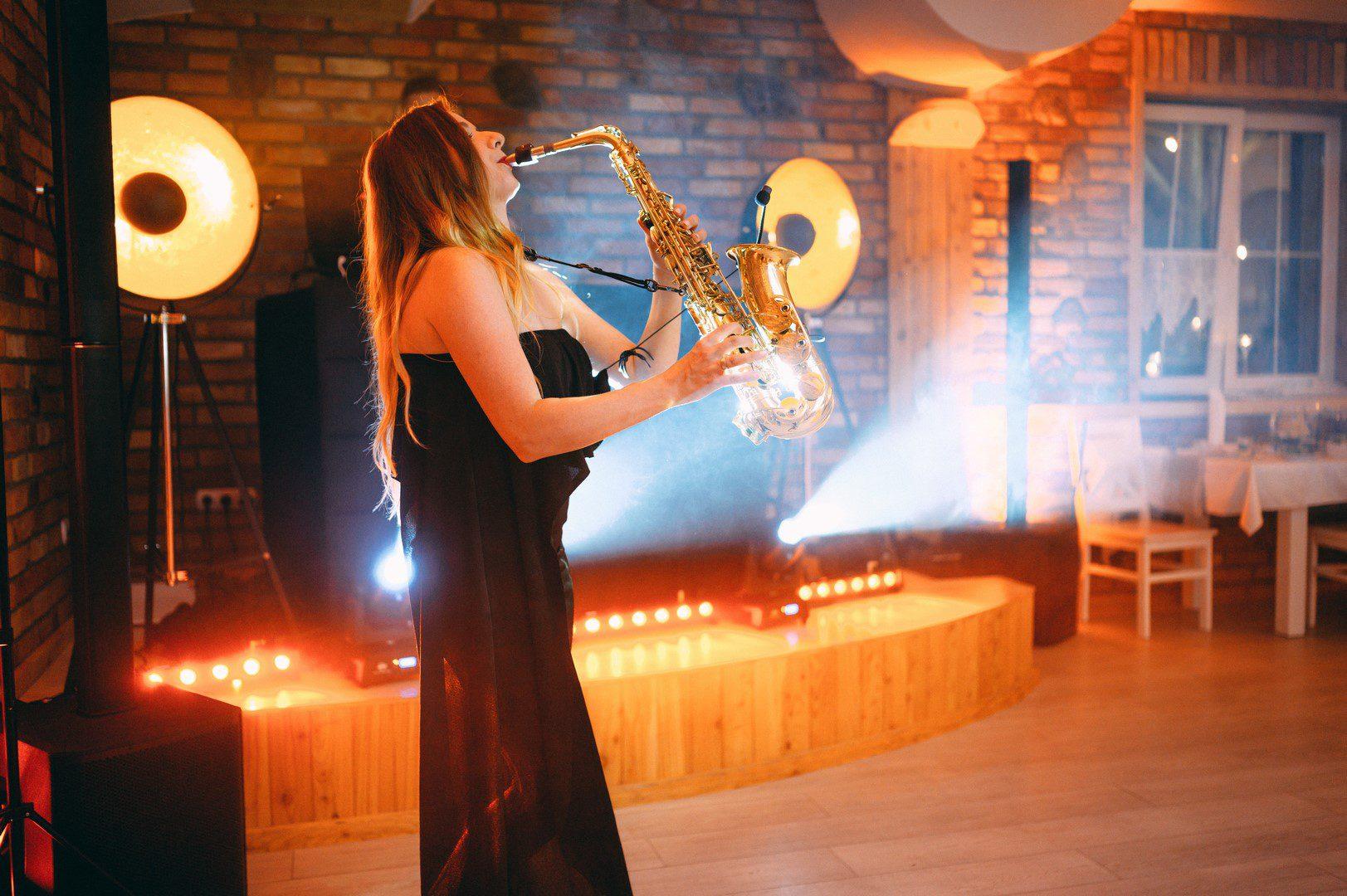 polecany dj na wesele poznan sax